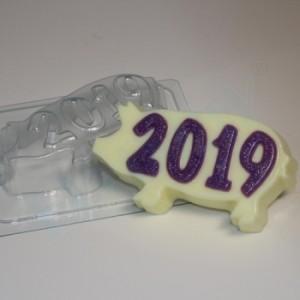 2019 - На силуэте свиньи, форма для мыла пластиковая