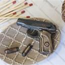 Пистолет Макаров с пулями, форма для мыла пластиковая